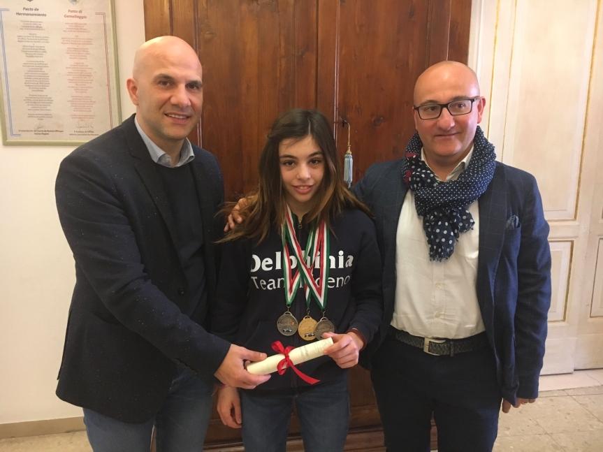 Un riconoscimento per la nuotatrice Lisa Maria Iotcu, dal Comune diOffida